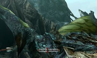 MH4U-Azure Rathalos Back Break 001