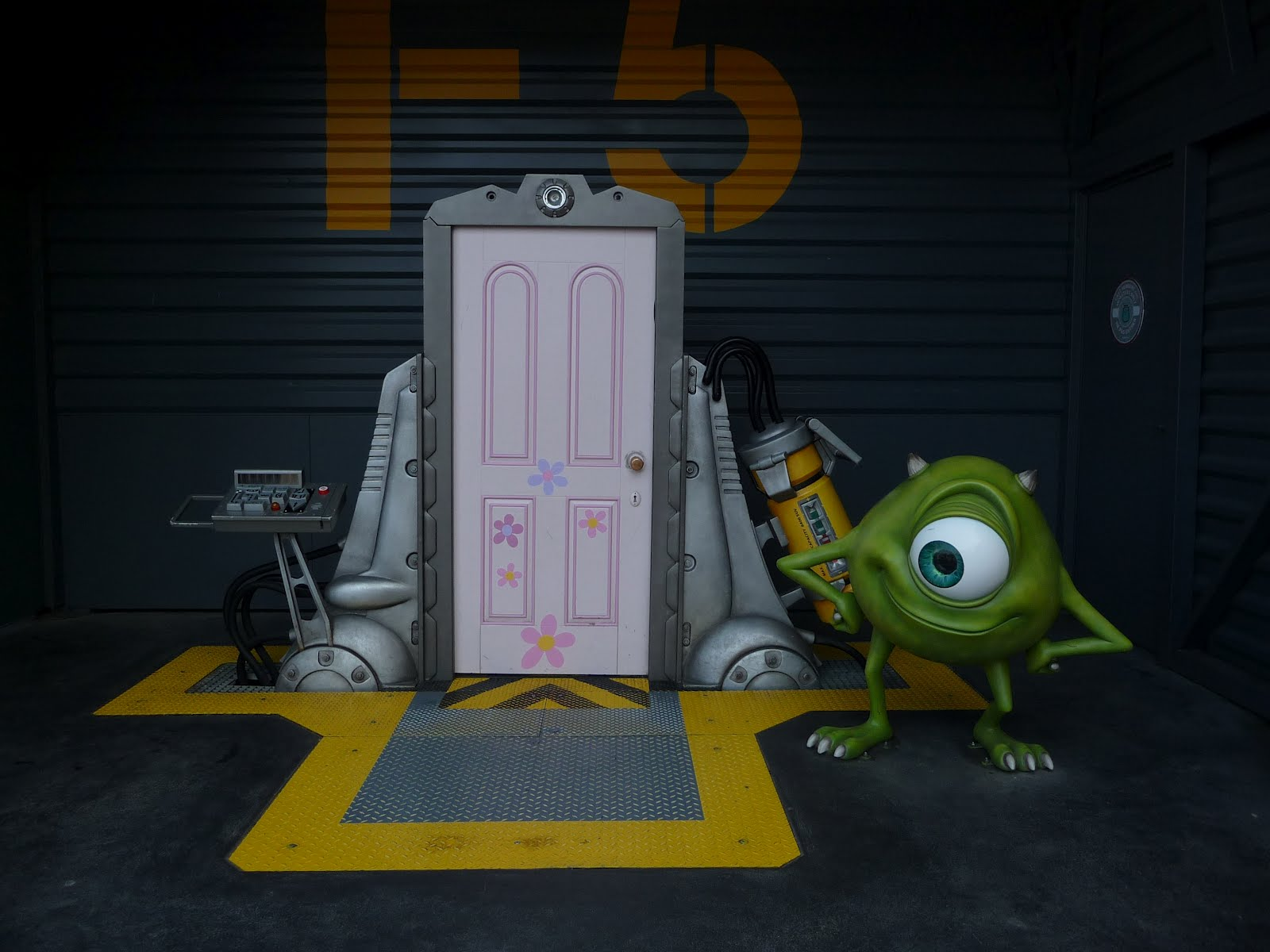 Movie In The Bedroom Boo S Room Monsters Inc Wiki Fandom Powered By Wikia