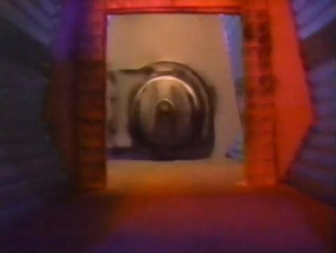 File:Mst3k1-5hatch.jpg