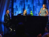 140321 muppets johnlegend ql