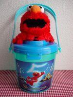 Elmo5bucket