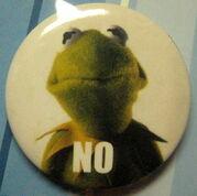 Loungefly muppet pins set 2 d