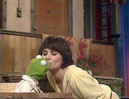 Kermit linda kiss