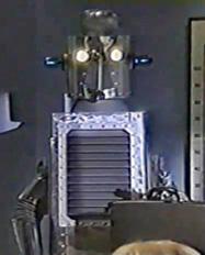 File:Aliensfamilyrobot.jpg
