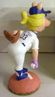Miss piggy dodgers bobble head 3
