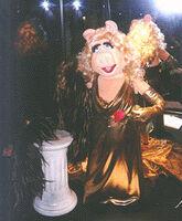 TheVisionOfJimHenson-Gera-miss-piggy