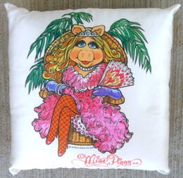 D & m 1979 satin throw pillow piggy 1