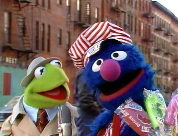 File:Grover Icecreamseller.jpg