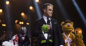 RobbieWilliams-OneNightAtThePalladium-(2013)