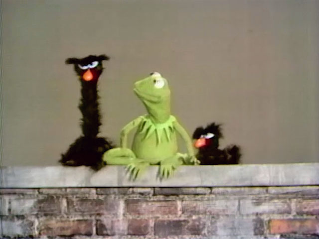 File:Kermit and Snerfs.JPG