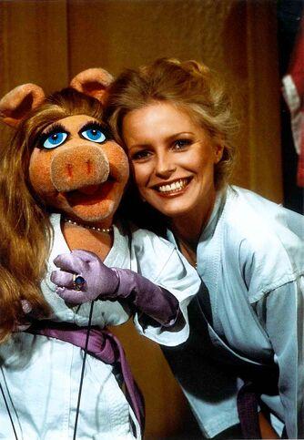 File:Cheryl-ladd-piggy.jpg