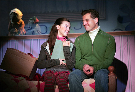File:Meg Guzulescu and Stephen Bienskie 2009.jpg