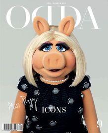 ODDA-magazine-cover-MissPiggyWearingMarcJacobs-(2015-10)