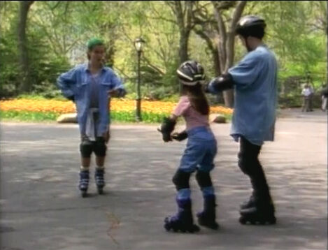File:Film.Girlrollerblades.jpg