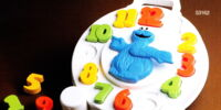 Cookie Monster Puzzle Clock