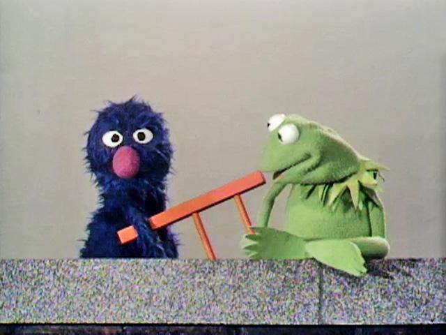 File:Kermitgroverladder.jpg