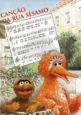 File:Rua Sesamo music book.jpg