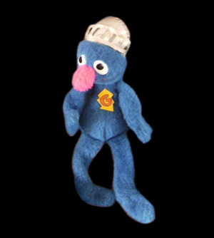 File:1980knickerbocker-supergroverplush.jpg