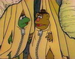 Kermitfozzie-bananas