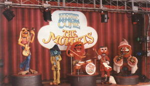 Herecomethemuppets