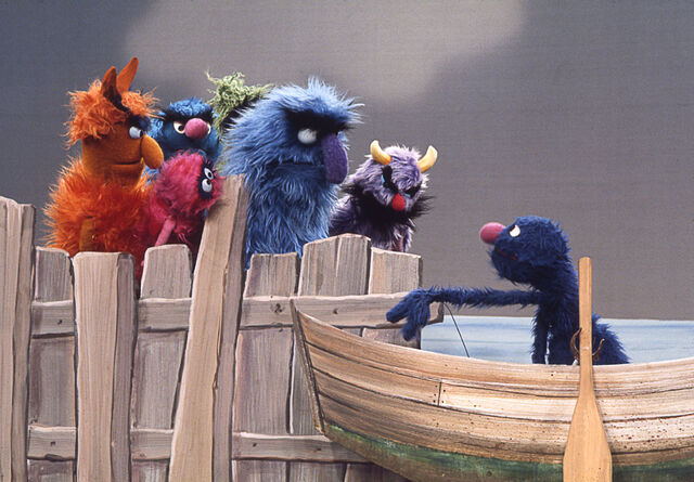 File:Grover-boat.jpg