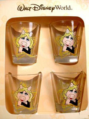 File:Miss Piggy Shot Glasses.JPG
