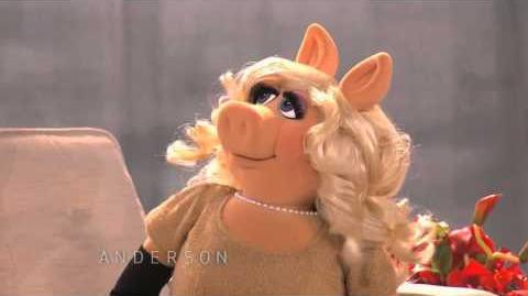 Miss Piggy Reveals Her Pick for this Season's 'DWTS'