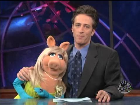 File:Dailyshow-misspiggy.jpg