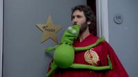TheMuppets-S01E02-LeapFrog
