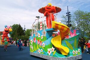 Sesame place parade 2012 murray
