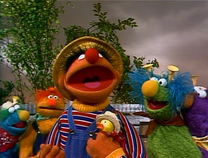 Abelardo Montoya as well Bicycles together with The Honker Duckie Dinger Jamboree in addition Episode 3350 further Halle Berry. on oscar sesame street christmas