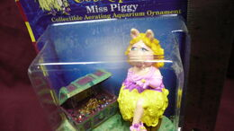 Muppet treasure island aquarium figure 3
