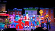 Universal studios singapore 2014 sesame street saves christmas 2