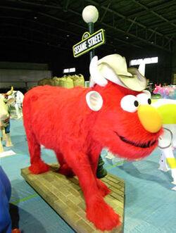 CowParade Tokyo Elmo