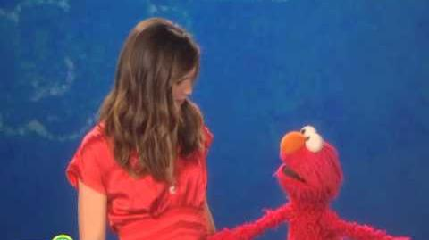 Sesame Street Jennifer Garner Stretch