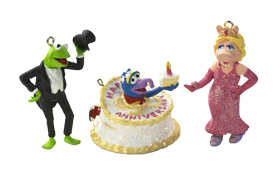 File:Carlton kermit piggy and gonzo ornament.jpg