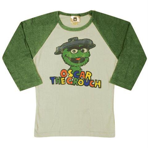 File:Tshirt-oscarlongsleeve.jpg