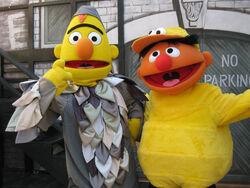 Bert-Ernie-SesamePlace-Halloween
