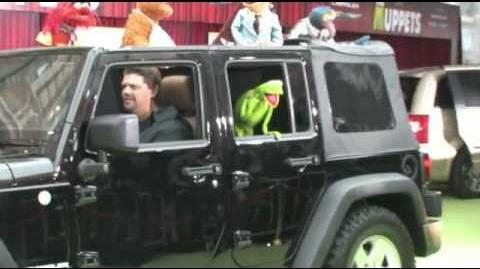 The Muppets World Premiere - Green Carpet Interviews