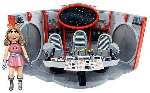 File:Swinetrekplayset.jpg