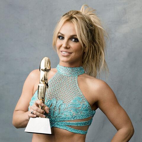 File:Britney Spears Billboard 2016.jpg