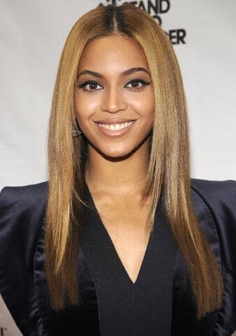 File:Beyonce2.jpg