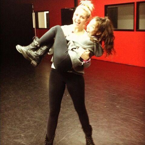 File:Rydel And Brigitte BFF 2011.jpg