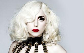 Lady Gaga 330x210.jpg