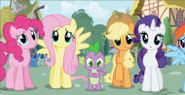 190px-Fluttershy looking at twilight episode 2