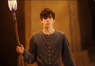 File:Edmund with torch.jpg