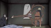 Yamato restrains Naruto