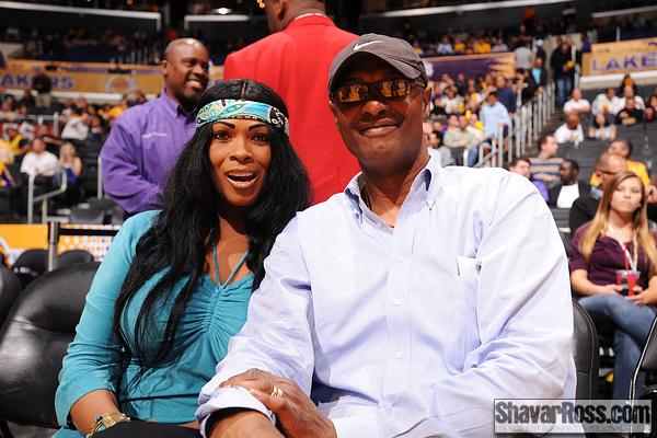 File:Kobe-Bryant-Parents-Pam-Joe-Bryant-1.jpg