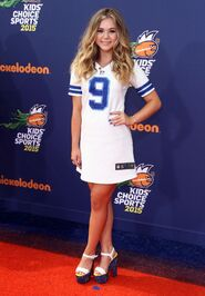 Brec-bassinger-2015-nickelodeon-kids-choice-sports-awards-in-los-angeles 2