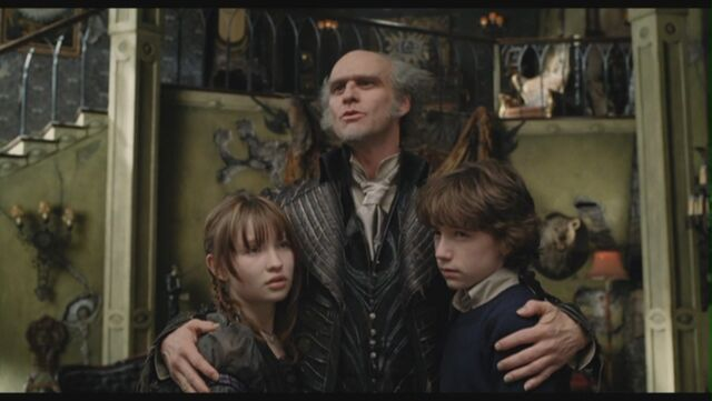 File:Jim-Carrey-as-Count-Olaf-in-Lemony-Snicket-s-A-Series-Of-Unfortunate-Events-jim-carrey-29299654-1360-768.jpg